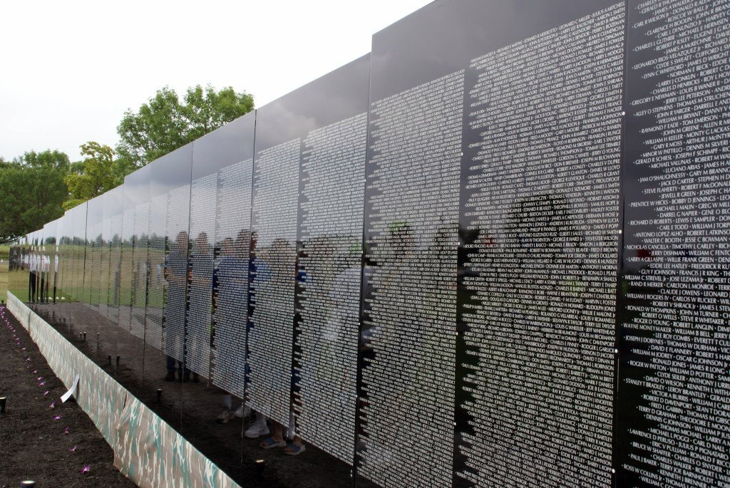 the moving wall My Vietnam Experience